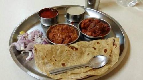 Bombay Lamb Platter - Bombay Grill Milton